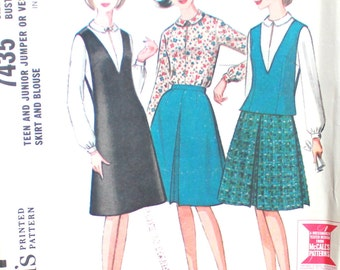 Jumper or Vest, Skirt and Blouse Bust 30