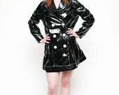 vintage 90's black PVC club kid raincoat jacket // GRUNGE outerwear all weather  VEGAN snow rain coat -  size medium / large