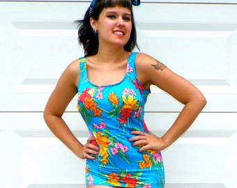 SALE 1970s Vintage Hawaiian Swimsuit Turquoise Blue Hawaiian Floral Print Pin Up One Piece Bathingsuit Open Back with Skirt Size Medium