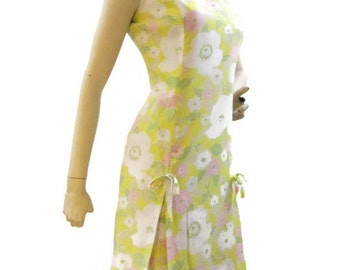 Vintage 60s Dress MOD Shift Pastel Floral Sleeveless Scooter Summer L