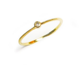 Thin Gold Ring with Diamond