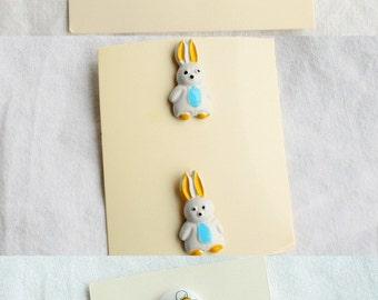 Giraffe Bunny BumbleBee  Buttons Vintage Childrens Buttons Lot Giraffe Rabbit Bumblebee Bee 8 Button