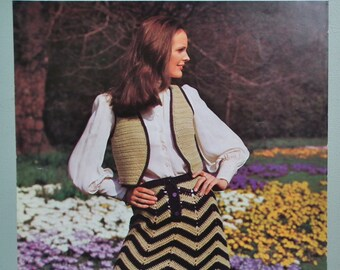 Vintage 70s Crochet Pattern Women's Bolero Waistcoat and Skirt Chevron Design 1970s original pattern retro fashions Lee Target No. 9022 UK