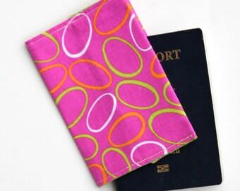 Passport Cover - Pink Retro Circles