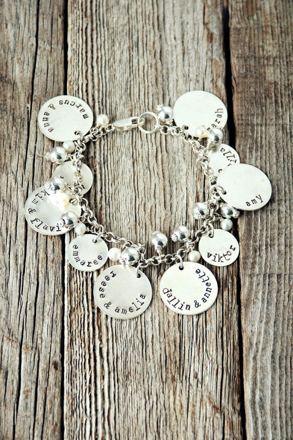 Grandma bracelet with children and grandchildren charms gifts for