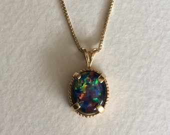 AMAZING natural opal triplet set in solid 14k gold pendant