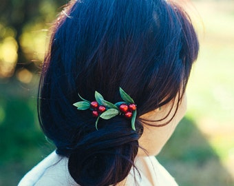 Red Berry Hair Comb, Winter Wedding, Woodland Wedding Gift for Women