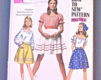 Simplicity 8015 Vintage 70s Skirt Blouse and Scarf Pattern Bust 31.5 inches