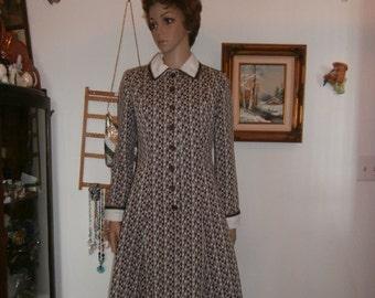 Womens Casual Dress Brown & White Geometric Print Women's Vintage Dress