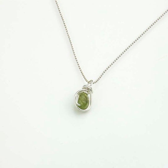 peridot pendant necklace green gemstone necklace by jularee