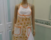 NEW APRON,Peach, Flowers and cats print, white bib, with cat applique, white pockets ,dish towel