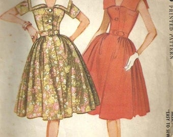 McCalls 5323 // Vintage 60s Sewing Pattern // Dress // Size 12 Bust 32