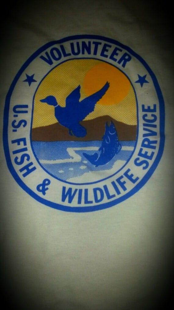 Vintage T SHIRT US Fish & Wildlife Service Volunteer L