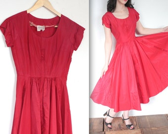 Vintage 1950's Dress // 50s Ruby Red Taffeta Swing Party Dress // DIVINE