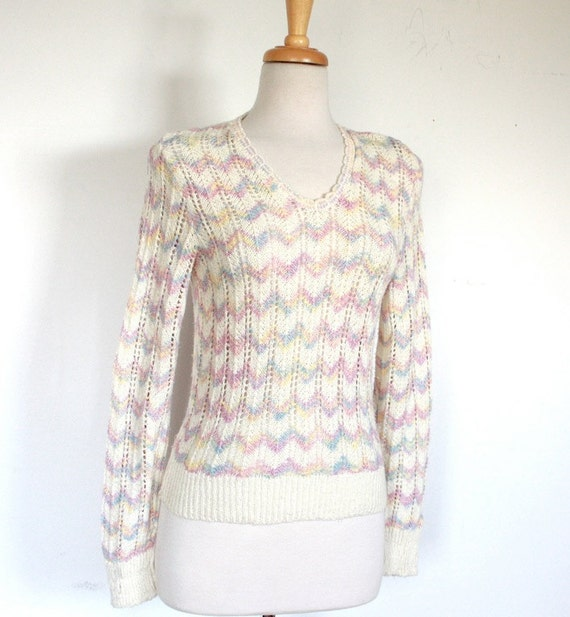 Knit Sweater With Zig Zag Pattern : Vintage wool knit sweater with pastel zig zag pattern