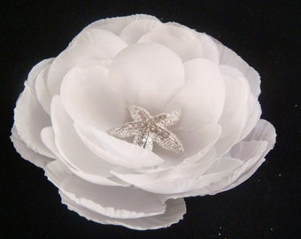 Bridal White flower with RHINESTONE STARFISH hair clip / beach wedding hair flower / crystal starfish clip