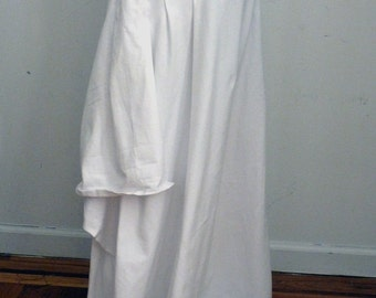 White long cotton lycra skirt with stitches