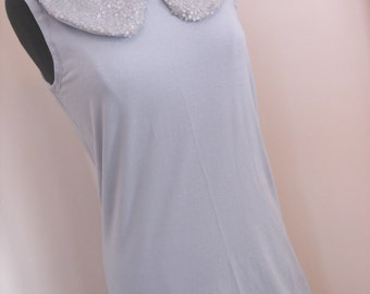 Grey sporty  60s inspired sheath dress with grey sequin collar