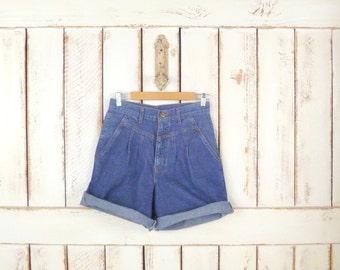 Vintage high waisted blue denim jean shorts/trouser denim shorts/pleated denim shorts
