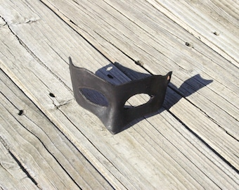 Dread Pirate Roberts Mask