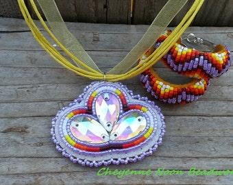 Native American Beaded Necklace and Earring Set - Buckskin Beaded Hoops - Lilac