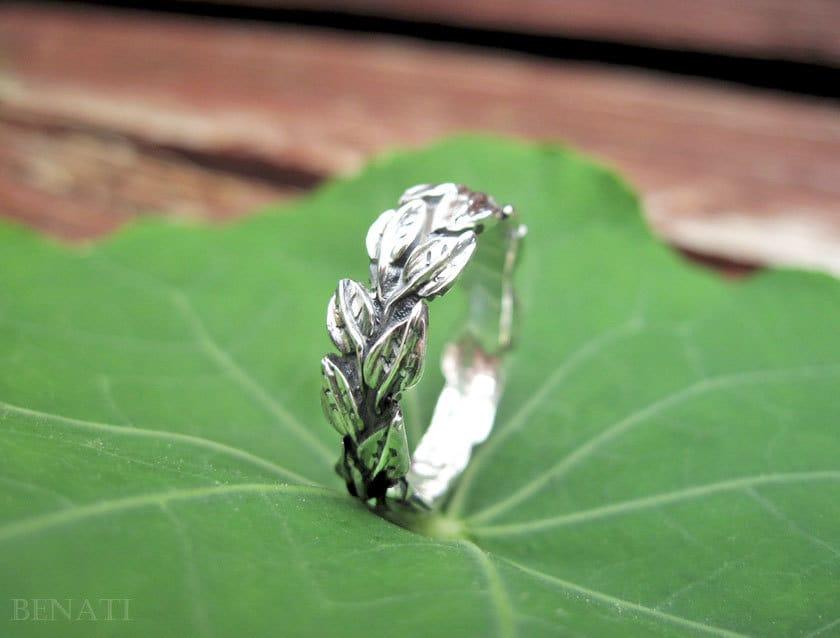 Leaves Wedding Ring In 14k White Gold Leaf Band
