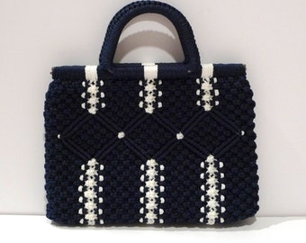Navy Macrame Bag Vintage Hand Knotted Purse Macrame Top Handle Handbag Blue and white Knotted Cord Tote Summer Two Tone Boho Resort 1970s