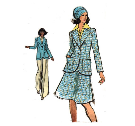 "Very Easy Vogue Sewing Pattern SKIRT SUIT with Jacket and Straight-Legged Pants Trousers Blazer 70s Size 18 Bust 40"" (102 cm) Vogue  8547"