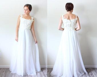 Vintage Wedding dress // shabby chic // floral lace top // A-line fit // chiffon maxi // floral appliqué lace top // BIANCHI Small
