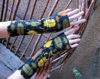 ANTHROPOID BUGs BIOLOGIST Armwarmer Gloves Gauntlets Black goth Polar Fleece NEW Set Handmade