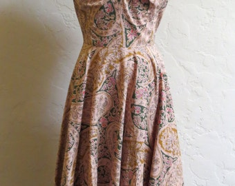 Rare Vintage 40s 50s Paisley Sundress w Sequin Embellished Bust