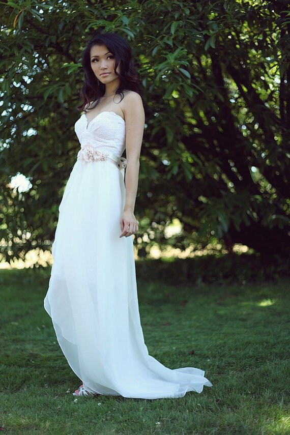 Items similar to sample sale short lace wedding dress for Simple cotton wedding dress