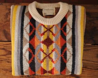 SALE Vintage Pendleton 100% Virgin Wool Southwestern Pattern Sweater size M