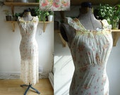 1930s / Dawn Nuisette / Embroidered Bias Cut Nightgown / XS to Small