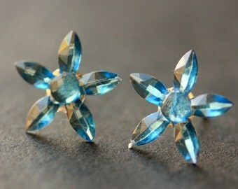 Blue Star Flower Earrings. Blue Earrings. Silver Stud Earrings. Blue Flower Earrings. Post Earrings. Handmade Earrings. Handmade Jewelry.