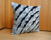 Grey textured cushion cover, pillow cover, organic wool, hand felted, modern furnishing, eco friendly home furnishing, eco friendly gift