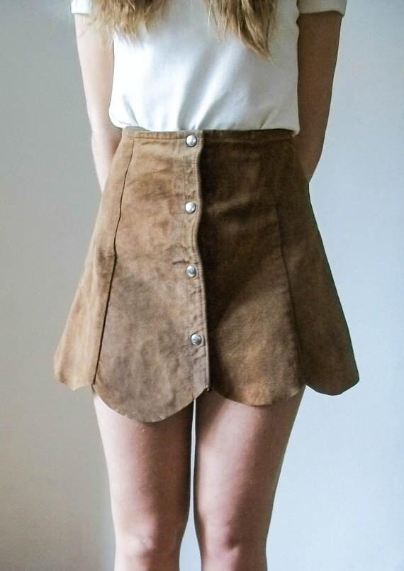 Vintage 60s brown Suede Scallop tan leather suede
