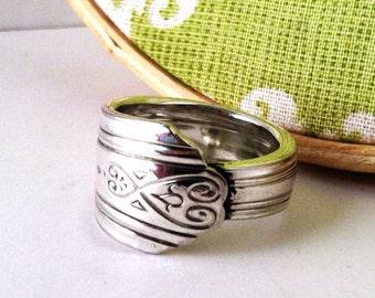 Spoon Ring, Size 10, Moderne 1940, Heart Design