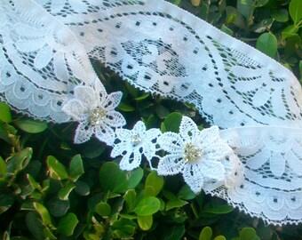 Venice Lace Garter White, Lace Wedding Garter, Beaded Wedding Garter Belt, Crystals, Lace Bridal Garter, Ivory Garter, Rhinestone Garter