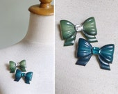 Vintage 60's Plastic Ribbon Bow Diamante Celluloid Brooch Pin