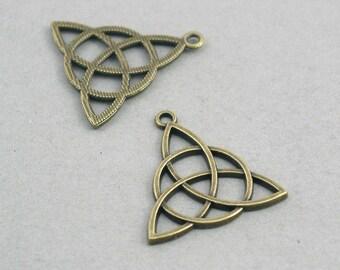Celtic Charms Antique bronze 6pcs pendant beads 28X29mm CM0344B