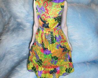 70s Andrea Gayle Psychedelic Paisley Print Ruffle Hem Sleeveless Dress / Madmen / Kitsch /
