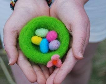 Needle Felted Nest Easter Basket with Easter Eggs Handmade, Birds Nest