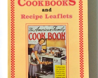 Vintage Mint Condition Reference Book 'Price Guide to Cookbooks and Recipe Leaflets' by Linda J. Dickinson, 1990