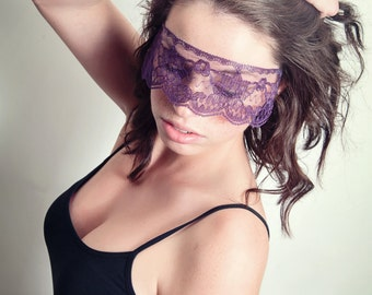 Masquerade Mask Purple Lace Strapless Mask Plum