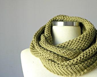 Knit scarf, Olive, Knit scarf, infinity scarf, Cowl scarf, hood loop, circle scarf, chunky scarf, man, women, unisex circle scarf
