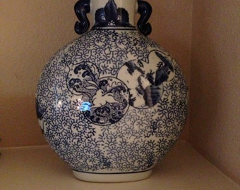 Chinoiserie Oriental Chinese Blue and White Porcelain Ginger Jars Vase
