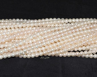 "White Freshwater Pearl 5.5 - 6mm Round AAAA Quality - 16"" Strand"