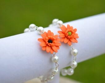 Orange Gerbera Daisy and Pearls Bracelet, Orange Flower Bracelet, Fall Flower Jewelry