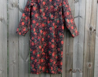 S M Vintage 80s Red Rose Dark Floral Print Handmade 3/4 Sleeve Back Zipper Fully Lined Small Medium Wiggle Shift Party Dress